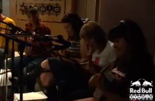 Wellington International Ukulele Orchestra: The Bucket