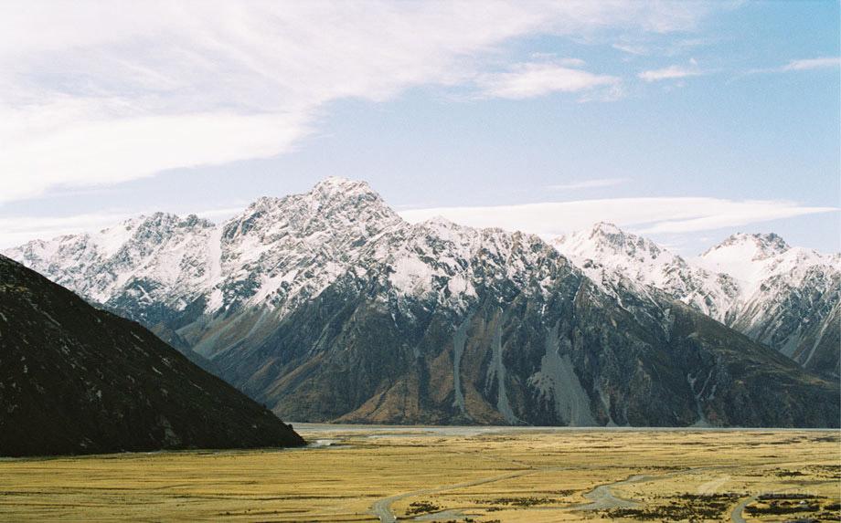 Peaks & Pastures