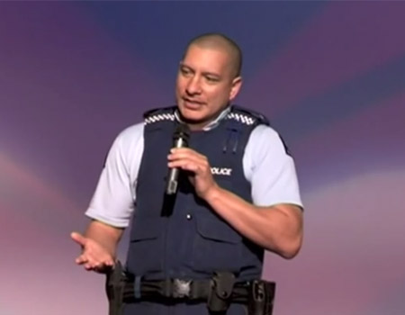 Policeman Extrordinaire Connecting With Youth: Glen Compain at TEDxAuckland 2009