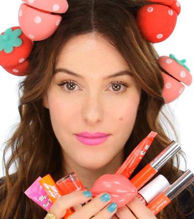 Vlogger Lisa Eldridge Transforms Digital Beauty