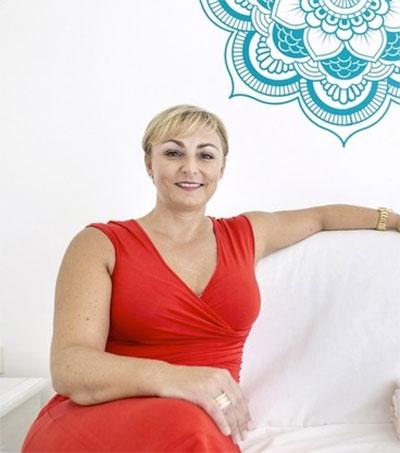 Day in the Life of Dubai-based Yoga Teacher Vanessa Dolan