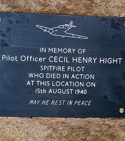 Memorial to Battle of Britain Hero Unveiled