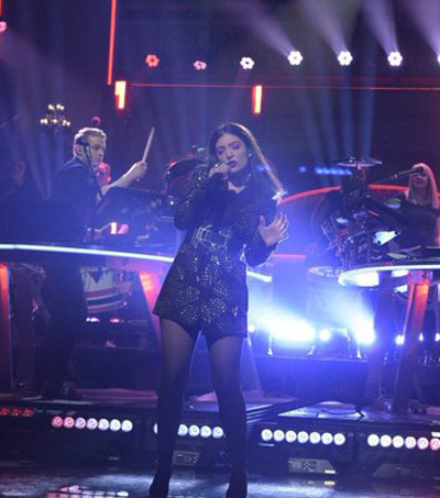 Lorde Joins Disclosure For Saturday Night Live Performance