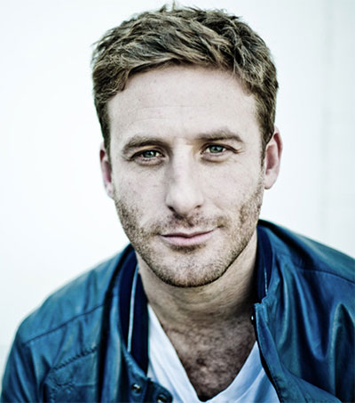 Dean O'Gorman Gets Kirk Douglas' Seal of Approval