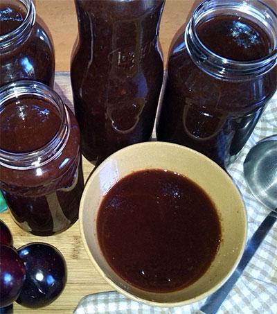 Bruce Russell's Plum Sauce a Breakfast Charmer