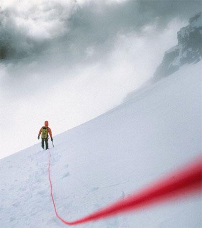Stunning Descent of Mount Aspiring Documented