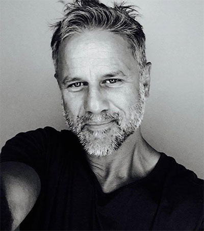 Singer Jon Stevens Hits the London Stage