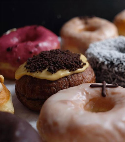 Doughnut Maker Adam Wills a Trailblazer in UK