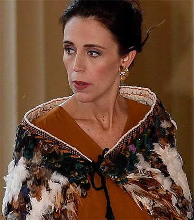 Jacinda Ardern Wears Korowai to Meet the Queen