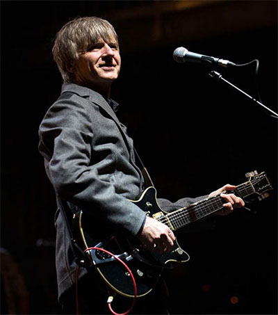 Neil Finn to Join Fleetwood Mac
