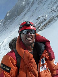 Cricket Star Scales Everest