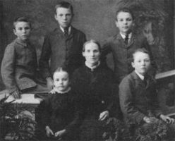 Rutherford Family, early 1883 Left to Right: Charles (8 yrs), Ernest (11 yrs), Florence (6 yrs), Martha (40 yrs), James (10 yrs), Herbert (9 yrs)