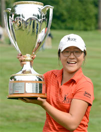 Teen Golfer Makes History