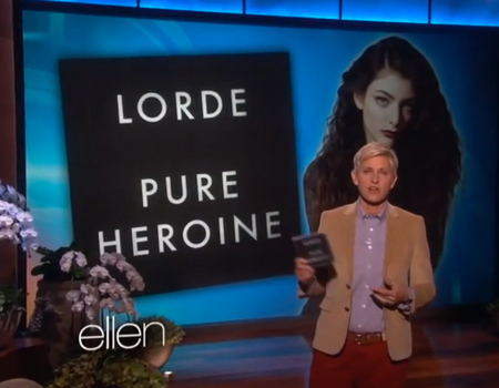 Lorde Performs 'Royals'
