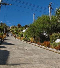 Baldwin Street a Real Doozy of an Incline