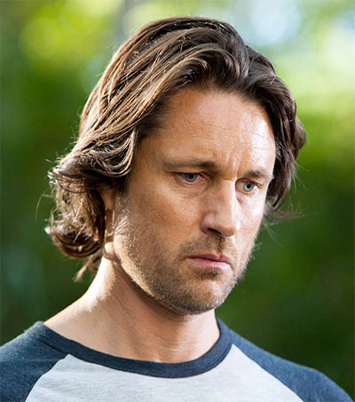 Martin Henderson Busy Thrilling on the Small Screen
