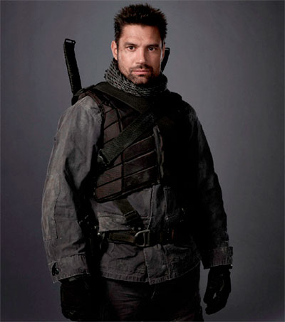 Arrow Star Manu Bennett Revels in Playing the Bad Guy