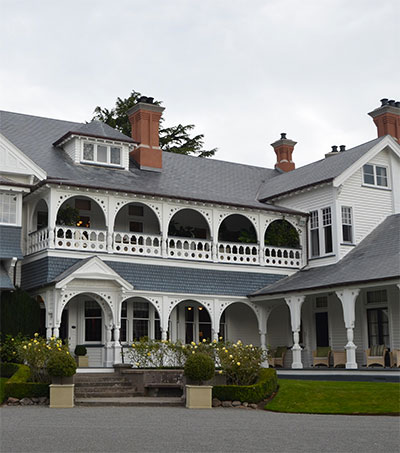 Play Lady of the Manor at Otahuna Lodge