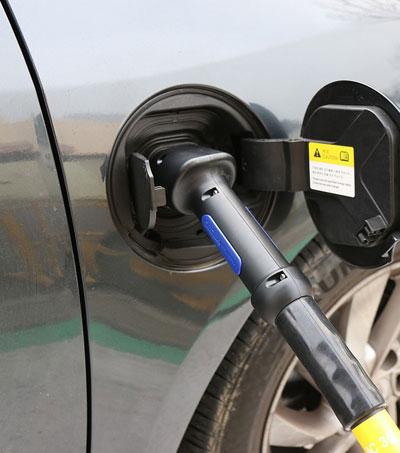 "BMW to Help Build NZ's Electric Vehicle ""Highway"""