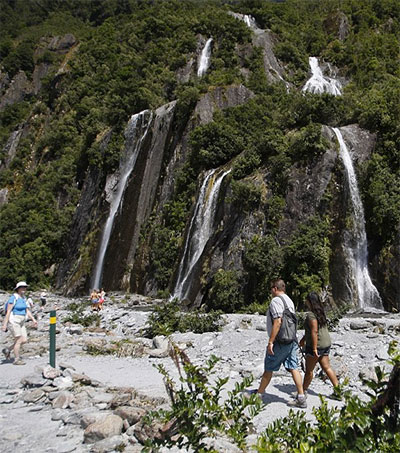 New Zealand Debates Tramping Track Fee