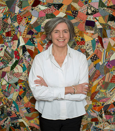 Author Julie Parsons Makes Punchy Return