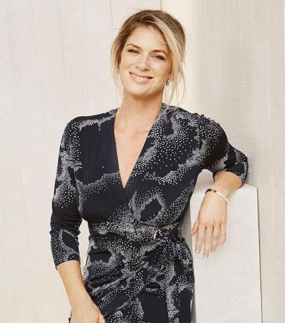 Rachel Hunter Returns to Modelling