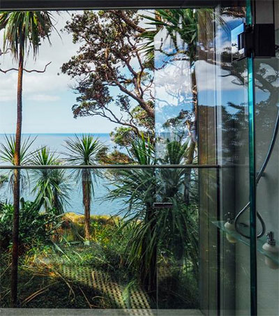 The Glasshouse is a Luxurious Retreat for Two