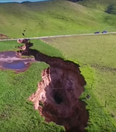 Spectacular Sinkhole Opens Up In New Zealand