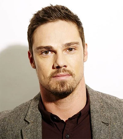 It: Chapter Two Casts Jay Ryan as Adult Ben