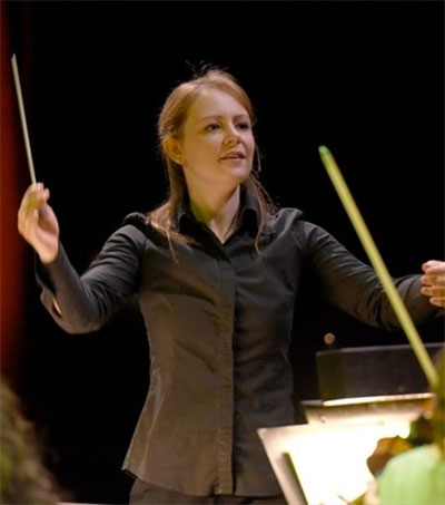 Conductor Gemma New Expands Her Horizons in Boston
